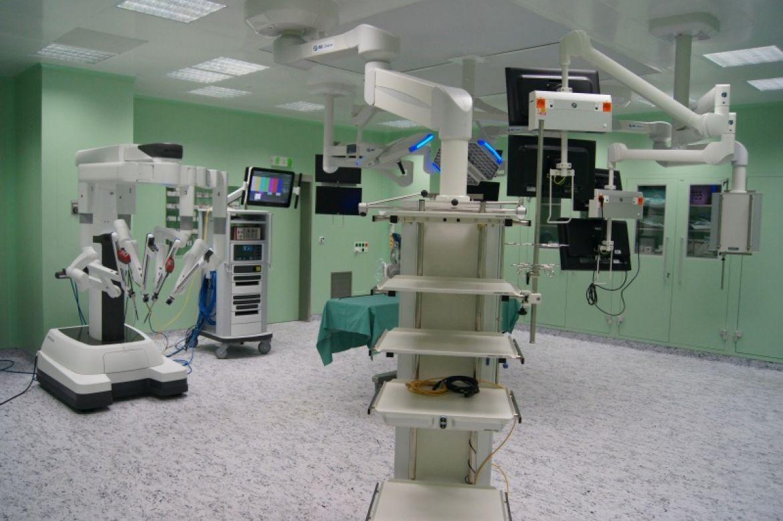 Multioborovy roboticky sal