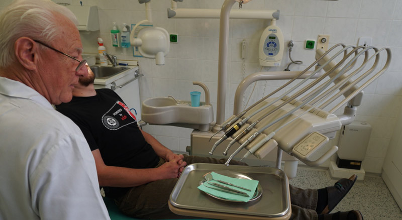 Nemocnice na Homolce - Zubni
